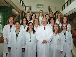 Prof. Dr. Luiz Fernando Jobim e Equipe do Serviço de Imunologia do HCPA.